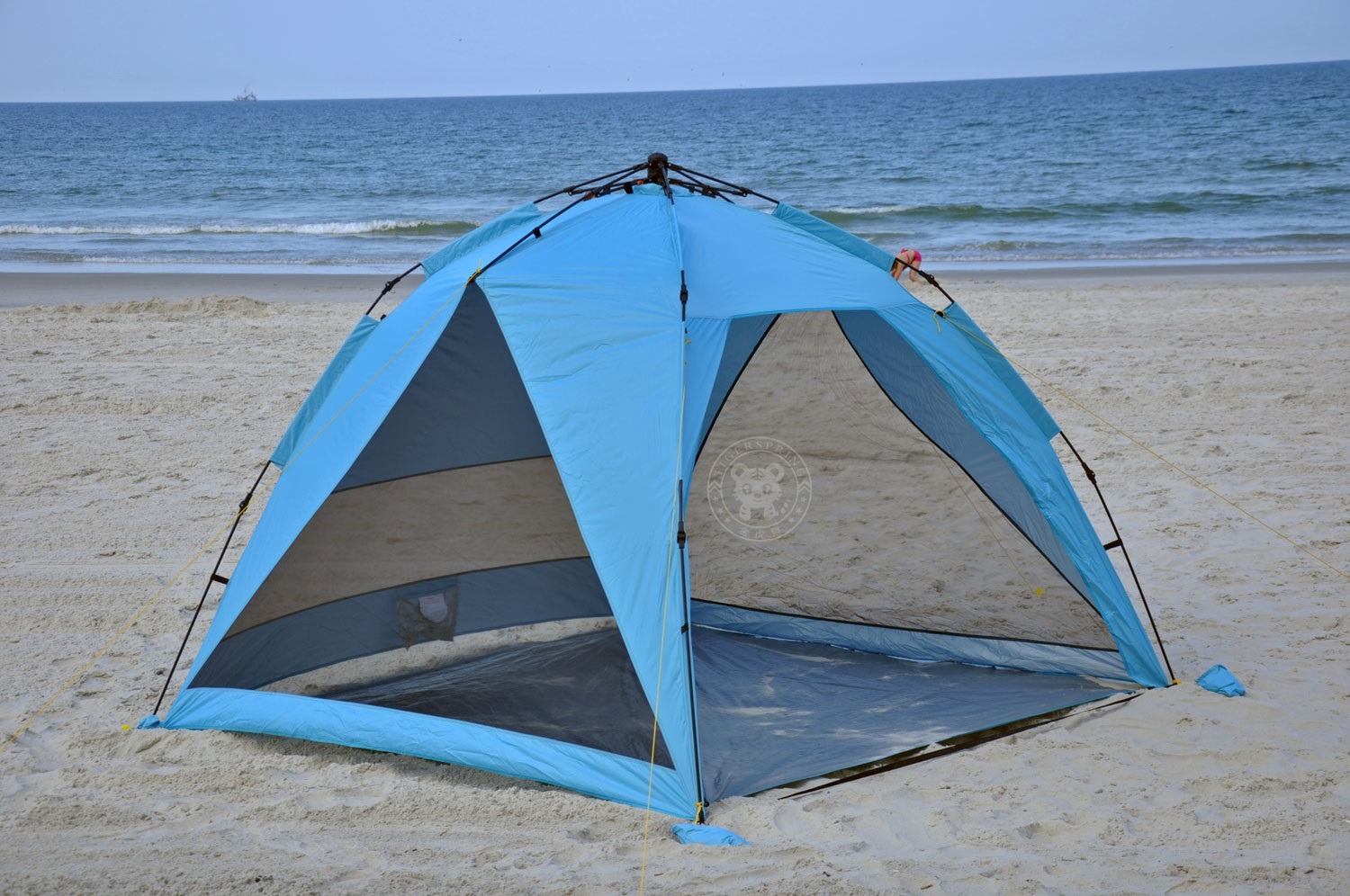 This uniquely designed pop up beach tent has a large amount of head and shoulder room and latest in ventilation design technology with quick setup in ... & kids beach tent automatic beach tent